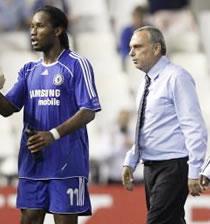Football/ Chelsea : Avram Grant prépare l'intérim de Drogba