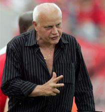 Football/ Séléction nationale du Cameroun: La FECAFOOT ne signera pas le contrat d'Otto Pfister