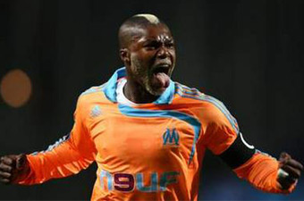Football/Coupe UEFA 8es aller (Marseille-Zenith): Opération presque parfaite