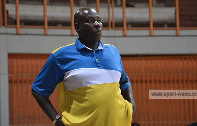 Azur libère son head-coach