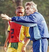 Football/ CAN 2008 : Reinhard Fabisch prend la tête des Ecureuils