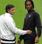 Football/ Demi-finale Ligue des Champions: Mourinho craint pour Drogba