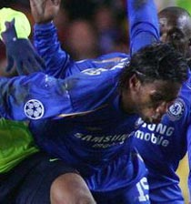 Football/  Drogba et Ronaldinho : Les chaises musicales