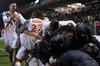 Football/Coupe de la Ligue Demi-finales: Lens en finale !