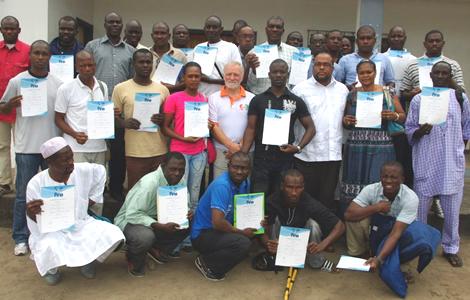 La FINS met ses cadres au niveau international