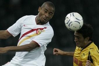 Football- transfert : Kalou et Abu Dhabi, c'est fini !